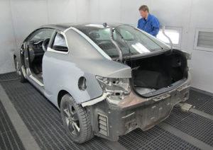 Убираем царапины с кузова Audi 90
