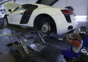 Сложный ремонт кузова Audi R8