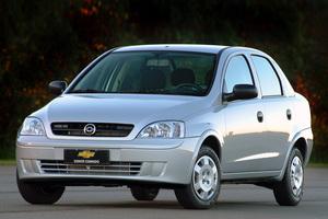 Chevrolet Corsa 2 поколение