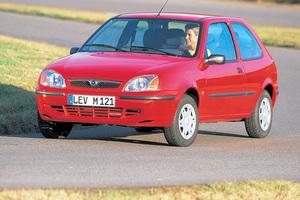 Mazda 121 3 поколение