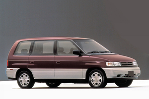 Mazda MPV 1 поколение
