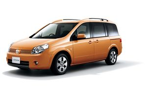 Nissan Lafesta 1 поколение