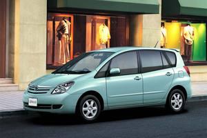 Toyota Corolla Spacio 2 поколение
