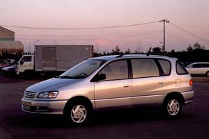 Toyota Ipsum 1 поколение