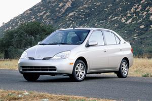 Toyota Prius 1 поколение