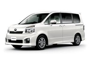Toyota Voxy 2 поколение